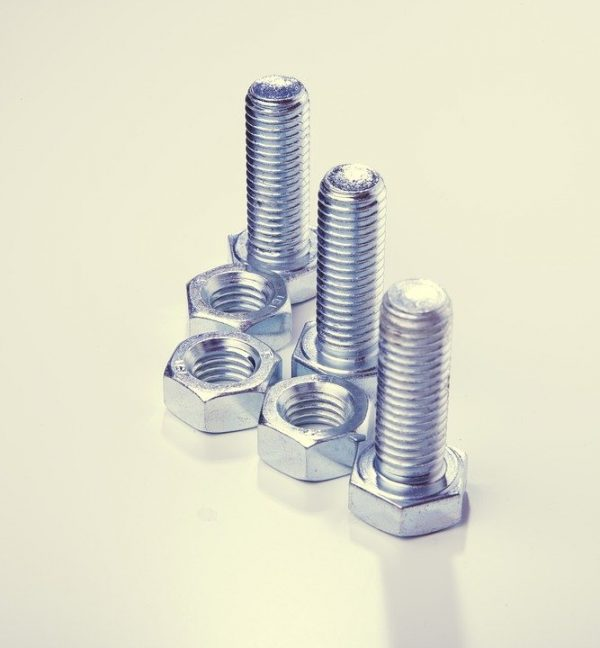 zinc plated bolts and nuts